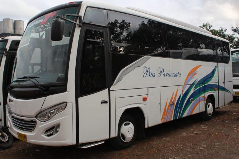 Exterior Bus 35 Seat Bandung