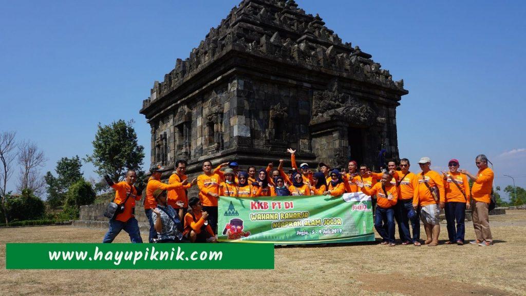 Paket Tour Bandung Jogja